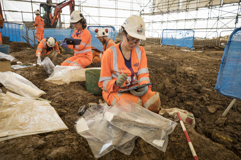 Archaeologists at St James Gardens